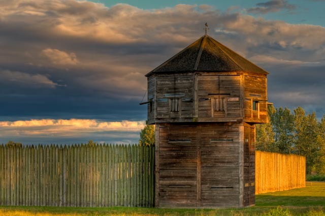 Sunset at the Bastion at Fort Vancouver. Image Courtesy of Visit Vancouver USA.